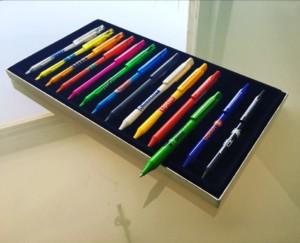 Schneider Kalemlerimizi promosyon baskı ile görmek, kaleminizi tasarlamak için Schneider pen configurator/kaleminizi logonuz ile oluşturun.